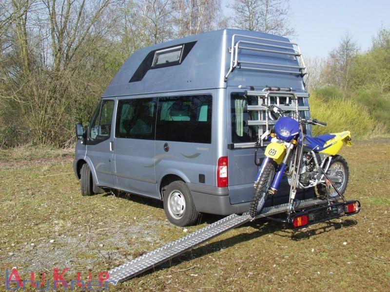 motorradtr ger 300 kg mercedes sprinter mit ahk brunner. Black Bedroom Furniture Sets. Home Design Ideas